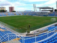 Estádio Presidente Vargas - Fortaleza (CE) - Estádio Presidente Vargas (PV) - Fortaleza (CE) - Capacidade: 20,2 mil - Clubes: Fortaleza, Ceará, Ferroviário, Tiradentes e Maranguape