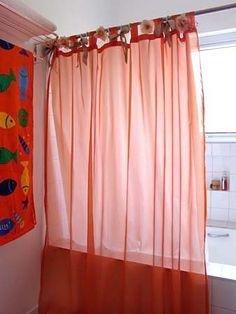 Cortina de banheiro - dica prática de decoração | Vila do Artesão