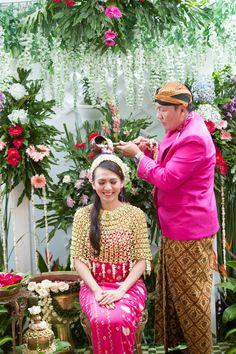 Siraman adat Jawa - www.thebridedept.com