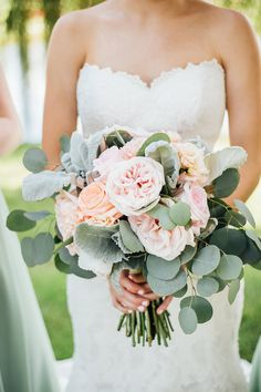 Summer Wedding Ideas An Ethereal Summer season Wedding ceremony With A Shade Palette That Is Pure Perfection Romantic Wedding Colors, Romantic Weddings, Perfect Wedding, Beach Weddings, Elegant Wedding, Sage Wedding, Purple Wedding, Floral Wedding, Gold Wedding