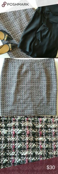 """NWT LOFT   TWEED SKIRT * Tweed goes year round in these pretty shades of pink, lavender, gray, black and white * Acrylic/poly/rayon/wool blend gives it a lighter feel * Fully lined  * Hidden back zipper   Back vent * Modern midi length  * Perfect for business or church  * Brand new with tags   Length 21.5""""   Waist 39-40""""   Hips 45-46""""  Will be cross listed. Reasonable offers always considered. Over 170 items listed so bundle to save more. Ask for a quote anytime! LOFT Skirts Pencil"""