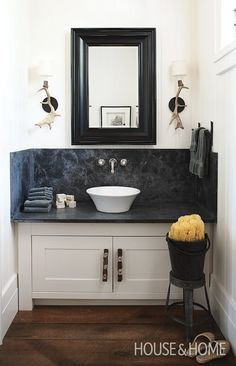 Are you need a small bathroom decor ideas? Should you are living in the UK you are going to most likely have a very rather tiny bathroom. Powder Room Decor, Powder Room Design, White Vessel Sink, Modern Powder Rooms, Bathroom Design Small, Small Bathrooms, Bathroom Designs, Dream Bathrooms, Bathroom Inspiration