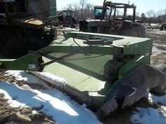 John Deere 1460 hay equipment salvaged for used parts. This unit is available at All States Ag Parts in Ft. Atkinson, IA. Call 877-530-3010 parts. Unit ID#: EQ-23922. The photo depicts the equipment in the condition it arrived at our salvage yard. Parts shown may or may not still be available. http://www.TractorPartsASAP.com