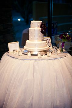 Wedding Cake Table - Tulle - Noyan Photography