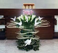 Súvisiaci obrázok Easter Flower Arrangements, Funeral Flower Arrangements, Easter Flowers, Table Arrangements, Floral Arrangements, Church Flowers, Funeral Flowers, Wedding Flowers, Altar Decorations