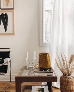 bohemian modern interior photographed by sarah babineau. Living Room Interior, Living Room Decor, Bedroom Decor, Living Room Designs, Living Spaces, Earthy Home Decor, Modern Interior Design, Bohemian Interior, Fashion Room