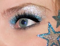 the more glitter the better the team......(NOT TRUE just a cute saying)