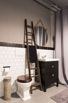 mobile lavabo hemnes di ikea e specchio cabine di maison du monde project nomade architettura