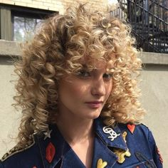 Hair Perm with Bangs: 10 Enormously Cute Curl Ideas