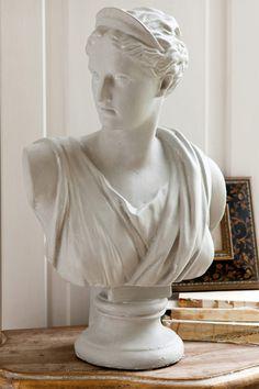 Roma Statue - EziBuy New Zealand