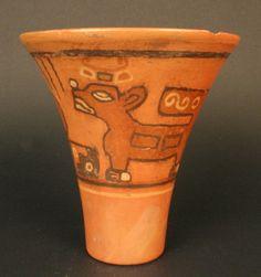 """Kero"". Vaso cultura Tiwanaku"