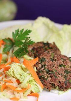 Prepară și tu pârjoale dietetice după această rețetă! #parjoale #micdejun Meatloaf, Beef, Gluten, Healthy, Food, Diets, Salads, Meat, Meat Loaf