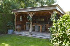 Een #houten #overkapping in de natuurlijke lariks kleur gaat ...