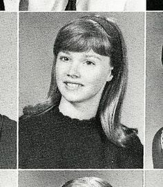 Shelley Long from Cheers Celebrities Then And Now, Young Celebrities, Hollywood Celebrities, Celebs, Famous Child Actors, Famous Women, Famous People, Celebrity Yearbook Photos, Celebrity Pictures