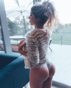 A cuantos grados amanecieron??? ❄️☀️© elhartista® Model ♀️@jaritza.rdz (at Jardín Secreto)