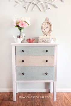 Texture painting the furniture using wood icing #paint #furniture