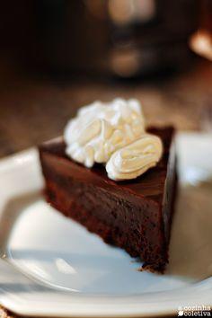 A Cozinha Coletiva: La Bête Noire - torta sem farinha assada no banho maria
