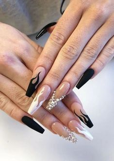 19 Top Awesome Coffin Nails Design You Must Try 4 Acrylic nail designs - Horonise Edgy Nails, Grunge Nails, Stylish Nails, Swag Nails, Halloween Acrylic Nails, Black Acrylic Nails, Long Black Nails, Cute Black Nails, Nail Black