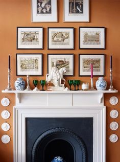Orange Walls Pentreath and Hall Statffordshire Figurine Ginger Jars and a beautiful classical fireplace mantel. They change the wall color every few years. I believe that it's currently a pale pinkish color. Whatever they paint it is always gorgeous! Style At Home, Country Style Homes, English Country Decor, Country Décor, British Country, Country Hotel, British Style, French Country, Long Room