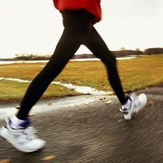 Walking may not seem like the best way to lose weight fast. But these fast-paced walking workouts burn up to 405 calories in just 30 minutes.