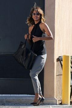 There it is: Halle Berry had a band on her wedding finger on Thursday, the first day she h...