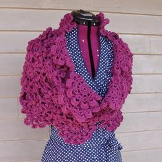 Wow! This Flowering Shawl is gorgeous! You can buy the PDF pattern here.