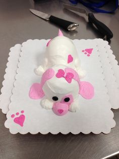 Cupcake Critter (simple decorating cakes)