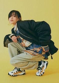 ????? ?????? ???? Perfect Image, Perfect Photo, Love Photos, Cool Pictures, Fashion History, Fashion Tips, Vintage Kimono, Kimono Fashion, Thats Not My