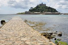 St Michael's Mount, one of our 4 castles you should visit in Cornwall: http://www.thevalleycornwall.co.uk/blog/2015/08/14/4-historic-castles-to-visit-in-cornwall/