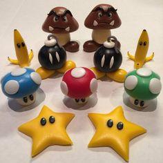Inspired from Super Mario cake topper set Super Mario Bros, Super Mario Cake, Cute Polymer Clay, Polymer Clay Projects, Polymer Clay Charms, 7th Birthday Party Ideas, 8th Birthday, Mario Kart Cake, Nintendo Cake