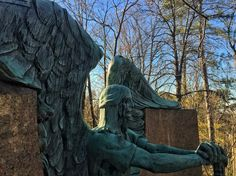 Haserot Angel in Lake View Cemetery Photo by Malu Borges