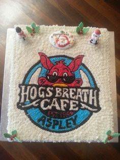 Hogs Aspley xmas cake 2013