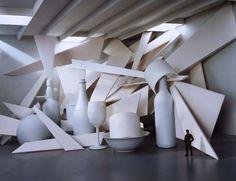 Whouaou , Cubist space, installation de l'artiste David DiMichele, 2004