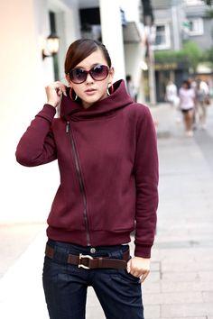 Diy inspiration -  I've been wanting a sweatshirt with a diagonal zipper...