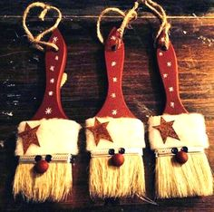 More Than 10 Primitive Christmas Ornaments Diy Primitive Weihnachtsschmuck Diy - Bilmece Rustic Christmas Ornaments, Christmas Holidays, Ornaments Ideas, Primitive Christmas Ornaments, Primitive Christmas Decorating, Cheap Christmas Decorations, Snowman Ornaments, Primitive Decor, Primitive Stars