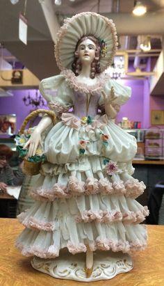 RP: Dresden Porcelain Lace Figurine