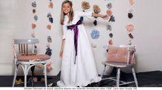 Preciso vestido de comunión en pique canutillo blanco con botones forrados en color. El lazo raso ciruela hace de este vestido. un vestido de comunión diferente. http://www.quemono.org/la-coleccion-vestidos-comunion-trajes-fiesta/vestidos-comunion/