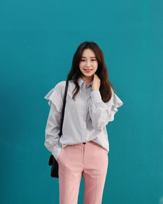 Find images and videos about kfashion, asian fashion and kstyle on We Heart It - the app to get lost in what you love. Pantone 2016, Asian Fashion, Ruffle Blouse, Clothes, Outfits, Clothing, Kleding, Outfit Posts, Coats