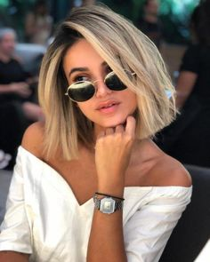 52 Sexy Long Bob Hairstyles You Should Try - Hairstyles Trends Medium Hair Cuts, Medium Hair Styles, Curly Hair Styles, Blunt Bob Medium, Blunt Haircut Medium, Summer Hairstyles, Straight Hairstyles, Latest Hairstyles, Middle Hairstyles