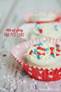 4th of July Faux Petit Fours. This looks like something my family would enjoy.