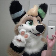 Cute! Idk the suit though -~-