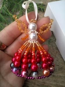 Beaded Ornament Covers, Beaded Ornaments, Angel Ornaments, Ornament Wreath, Beaded Christmas Decorations, Christmas Crafts, Christmas Bulbs, Holiday Decor, Beaded Jewelry Patterns