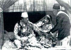 Vintage Nepal ~ Rare Old Pictures, Videos and Arts of Nepal  The then Crown Princess, Late Queen Aiswarya feeds bean to then Crown Prince, Late King Birendra during their marriage ceremony in the courtyard of the National Secretariat building in Kathmandu. | Date Photographed: 27 February, 1970 । Newspaper photo