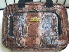 Vintage Vanity Cosmetic case. Travel bag. Never by blingblingfling
