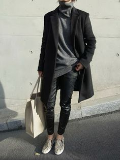 casual leather legging and oversize grey sweater Diary of a Yummy Mummy