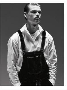 Filip Hrivnak for Hercules Universal for Philippe Vogelenzang