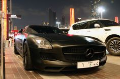 Mercedes-Benz SLS AMG Spotted in Saudia Black Beauty
