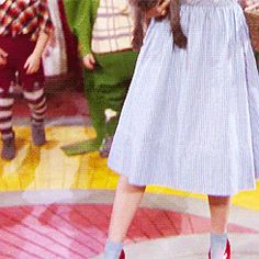 """THE WIZARD OF OZ ~ """"Follow the yellow brick road."""" [Video/GIF]"""