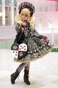 Loli, harajuku, pirate, wonderland, dark lolita, Japanese
