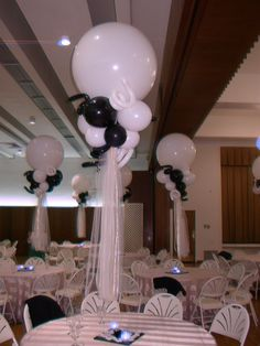 Wedding - Black & White 3 Ft Balloon Centerpiece - with LED votives Wedding Balloon Decorations, Balloon Centerpieces, Wedding Balloons, Wedding Centerpieces, Masquerade Centerpieces, Balloon Bouquet, Balloon Garland, Disney Planes Party, Black White Parties